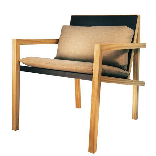 cadeira-de-metal-e-madeira-super-moderna